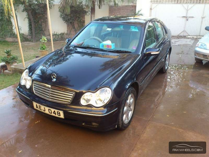 Mercedes benz c class c240 2001 for sale in peshawar for 2001 mercedes benz c240