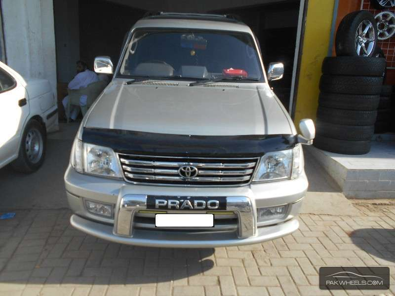 Toyota Prado RX 2.7 (3-Door) 2002 Image-1