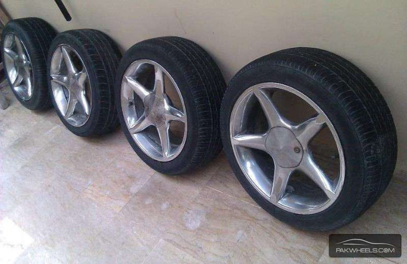 Import Cars For Sale >> 17'inch Dunlop Tyres and Rims For Sale for sale in Karachi ...