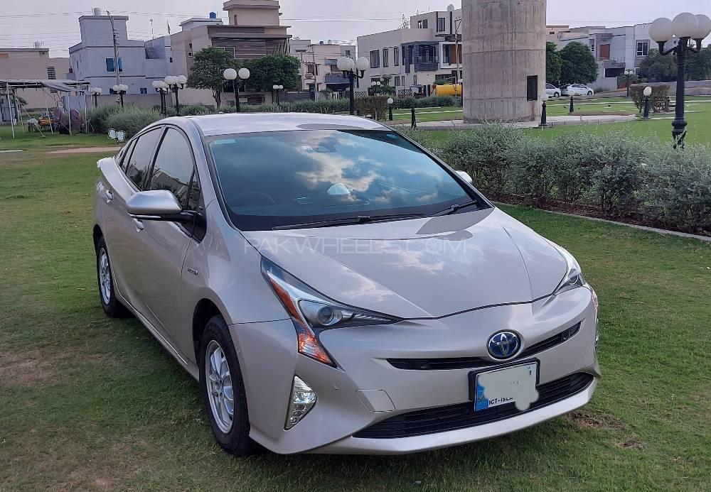 Toyota Prius A Premium Touring Selection 2017 Image-1