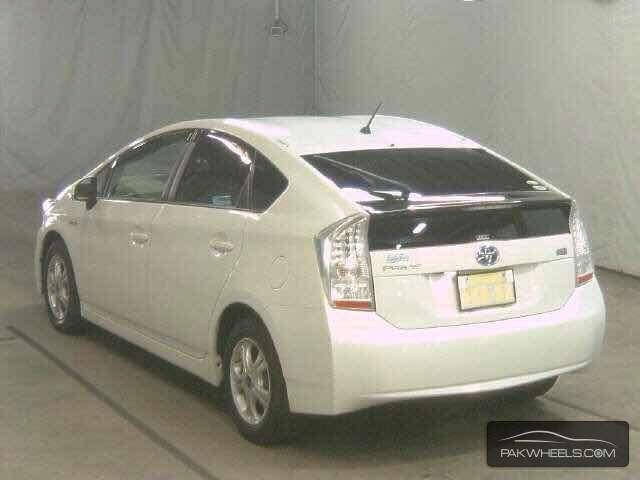 Toyota Prius S LED Edition 1.8 2011 Image-3