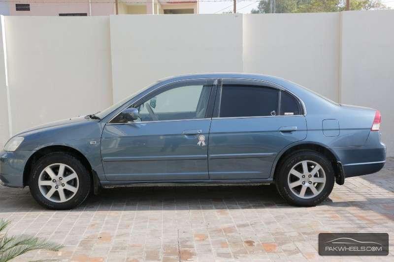 Honda Civic VTi Oriel Prosmatec 1.6 2004 Image-2