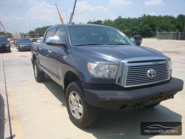 Toyota Tundra 2010 Image-1