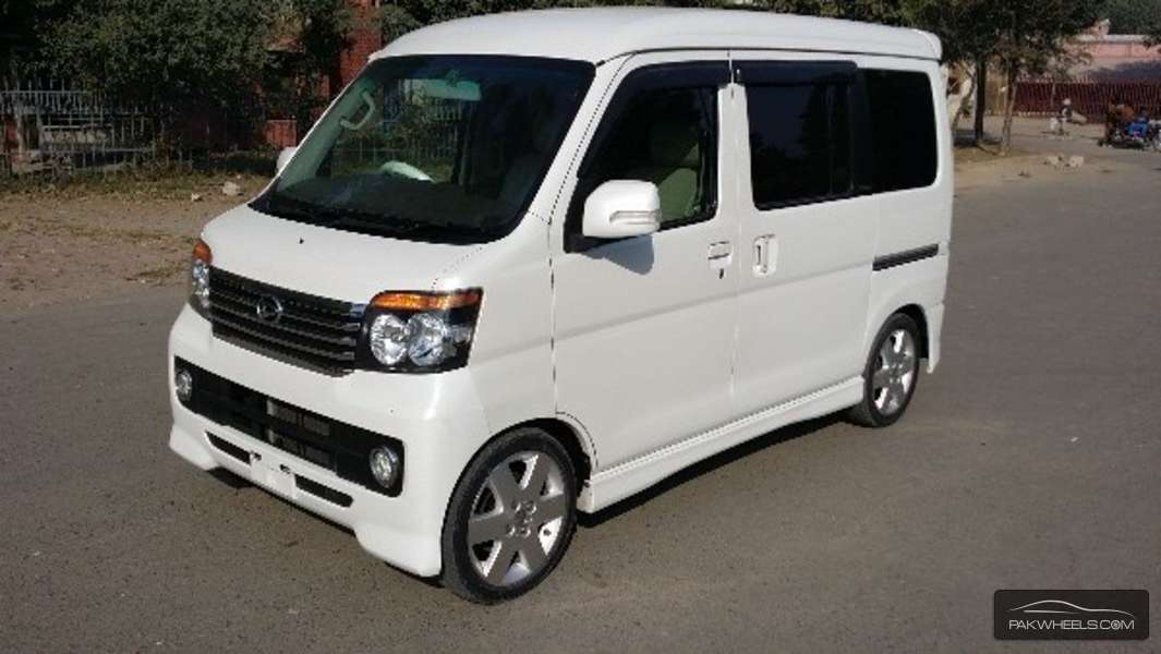 Used Daihatsu Atrai Wagon CUSTOM TURBO RS LIMITED 2009 Car | PakWheels
