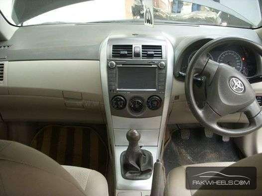 Toyota Corolla XLi 2013 Image-3
