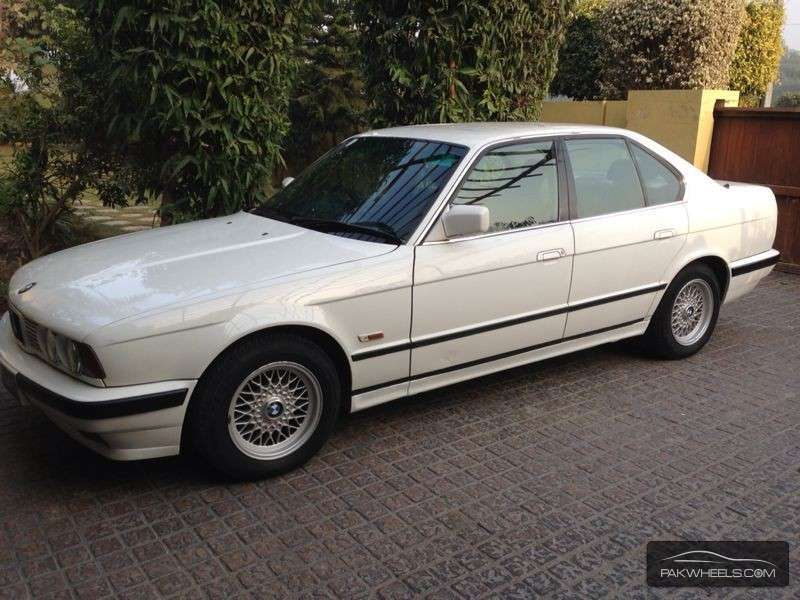 bmw 5 series 520i 1990 for sale in lahore pakwheels. Black Bedroom Furniture Sets. Home Design Ideas
