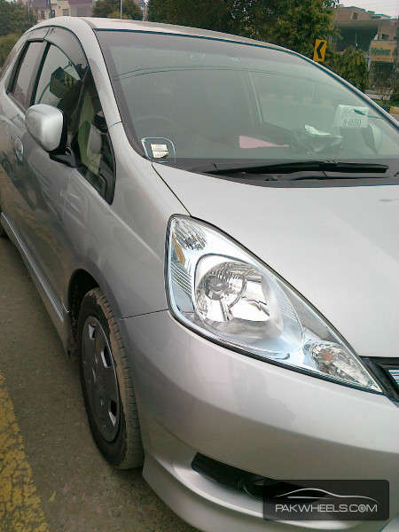 Honda Fit 13G 2011 Image-2