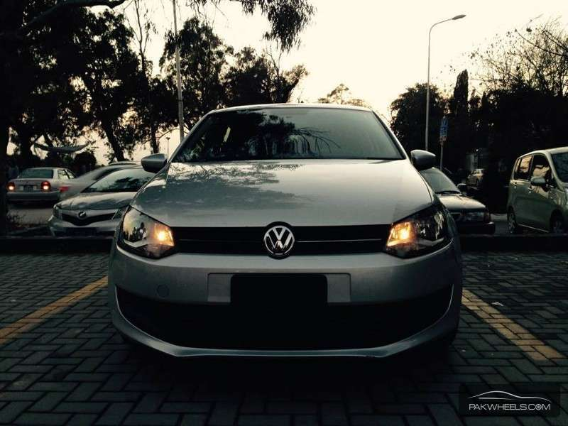 Volkswagen Polo 2010 Image-2