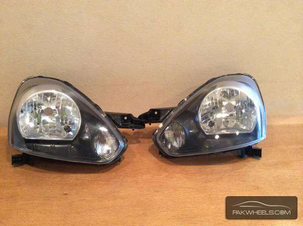 daihatsu mira es right head light pair Image-1
