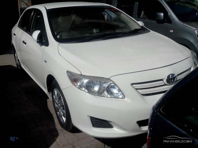 used toyota corolla xli 2011 car for sale in karachi 1077555 pakwheels. Black Bedroom Furniture Sets. Home Design Ideas