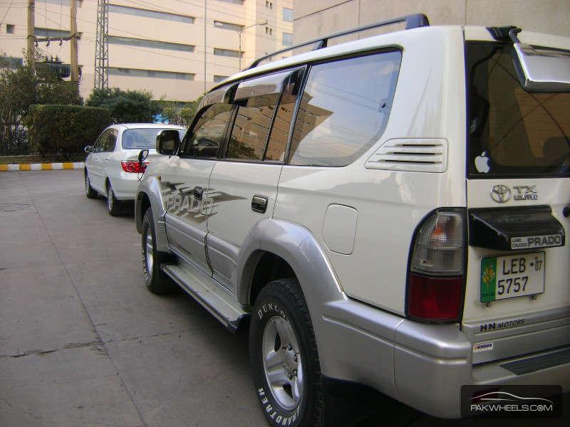 Toyota Prado 2001 Image-8