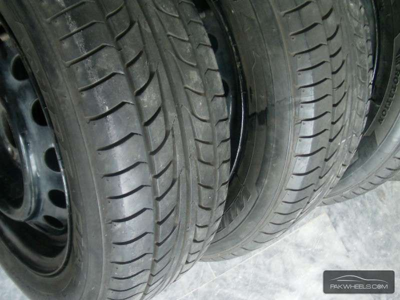 195/60R15 Firestone For Sale corolla Honda  Image-1