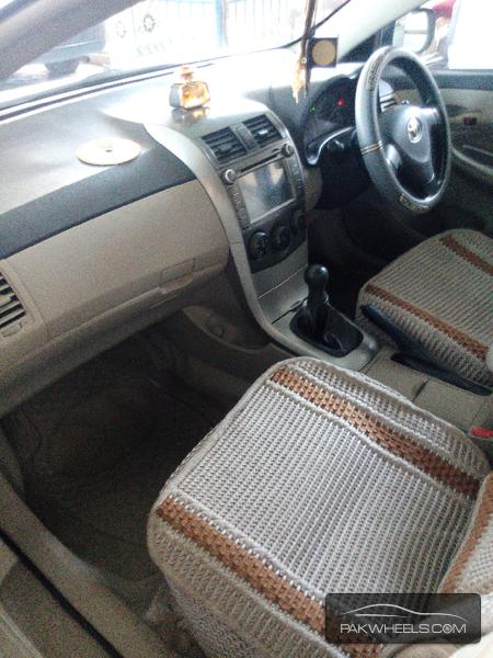 Toyota Corolla XLi VVTi 2012 Image-5