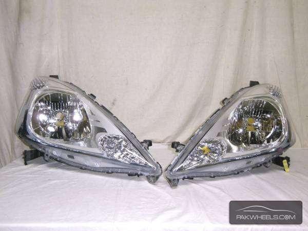 honda fit shutle hybrid headlight pair For Sale Image-1