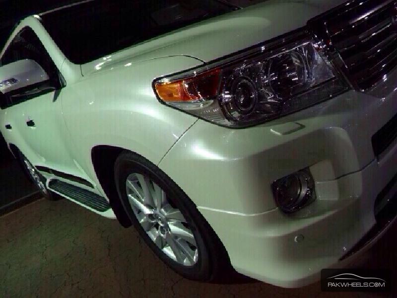 Toyota Land Cruiser ZX 2014 Image-2