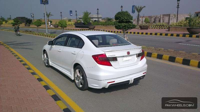 used honda civic vti 1 8 i vtec oriel prosmatec 2013 car for sale in sialkot 1134660 pakwheels. Black Bedroom Furniture Sets. Home Design Ideas
