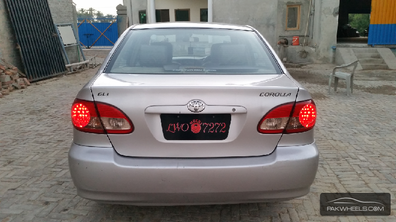 used toyota corolla gli vvti 2006 car for sale in sahiwal 1145912 pakwheels. Black Bedroom Furniture Sets. Home Design Ideas