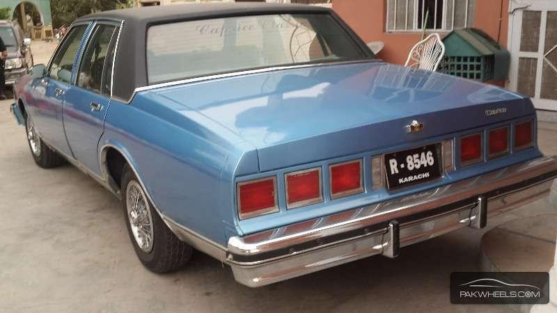 Chevrolet Caprice 1983 Image-4