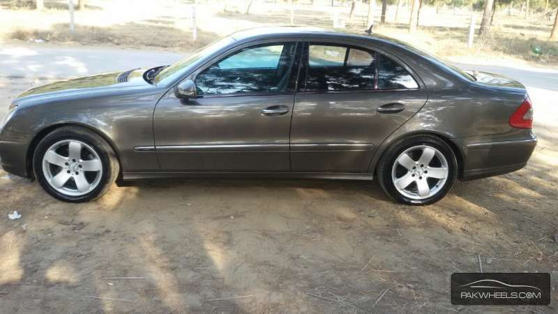 Used mercedes benz e series 2006 car for sale in pakwheels for Mercedes benz e series for sale