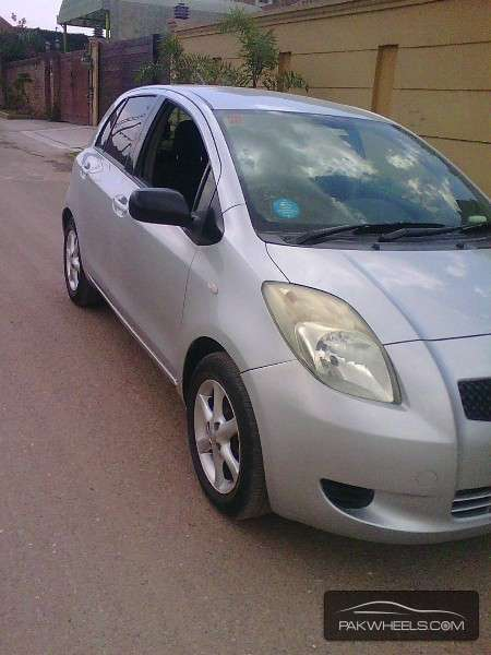 Images Ome 3 furthermore 2000 Honda Wiring Diagrams together with 682288 further In 1997 Cr V Spark Plugs Location additionally Toyota Vitz 2006 For Sale In Peshawar 1159799. on toyota vitz car radio repair