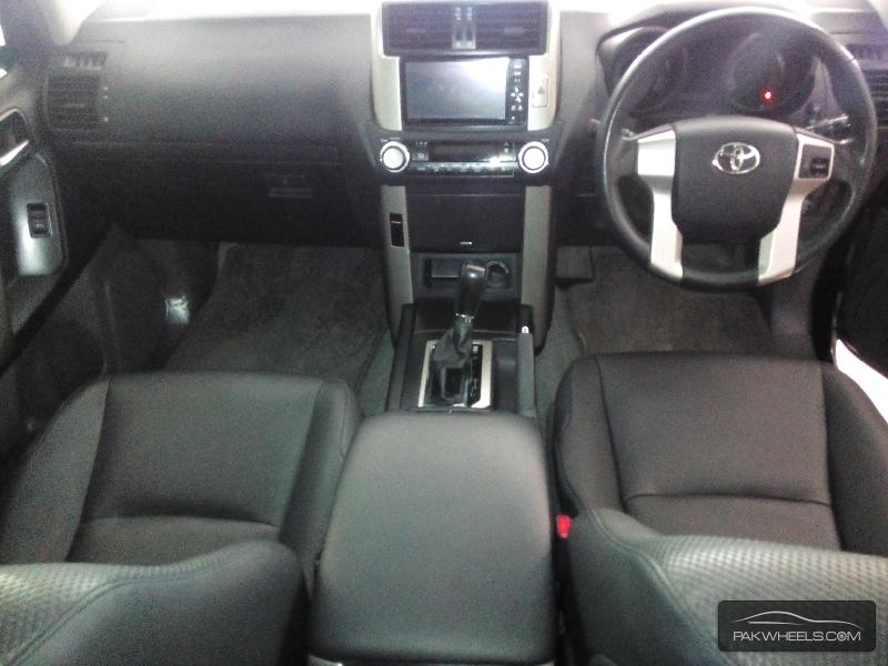 Toyota Prado TX Limited 2.7 2011 Image-7