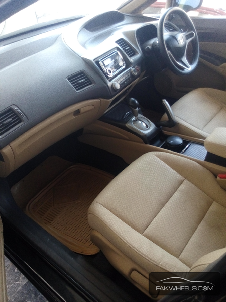 Honda Civic VTi Prosmatec 1.8 i-VTEC 2010 Image-4