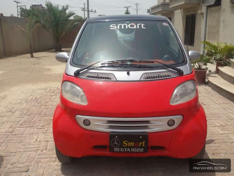 Mercedes benz smart 2002 for sale in sahiwal pakwheels for Mercedes benz smart car for sale