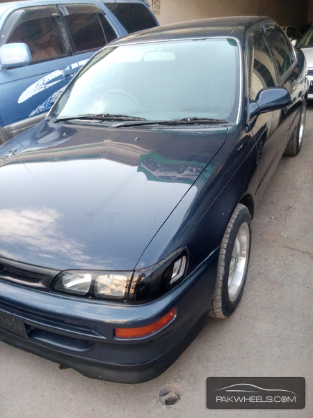 Toyota Corolla 1995 Image-2