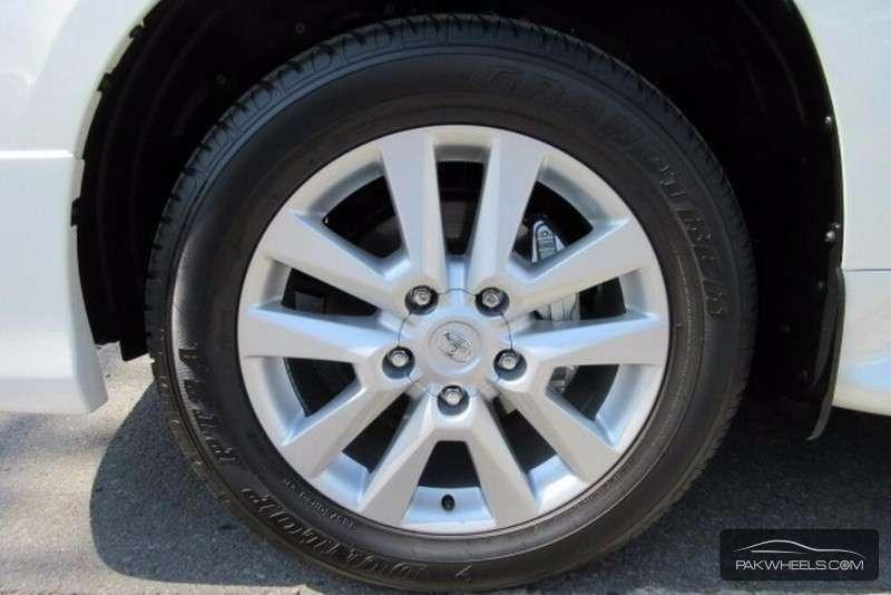 Toyota Land Cruiser ZX 2013 Image-8