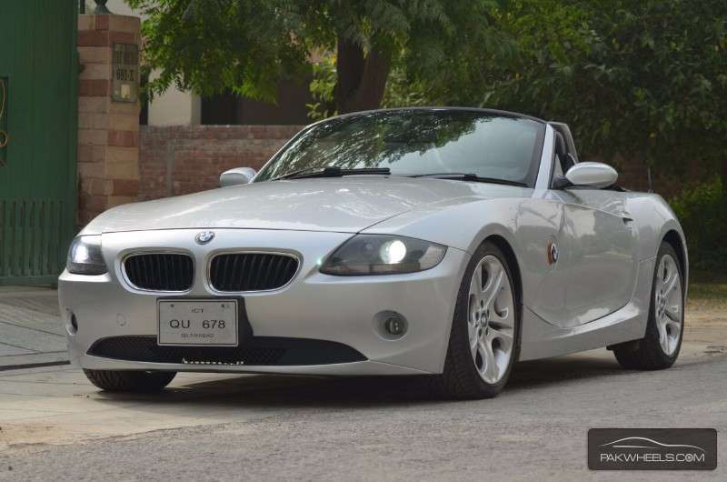 bmw z4 m roadster 2004 for sale in lahore pakwheels. Black Bedroom Furniture Sets. Home Design Ideas