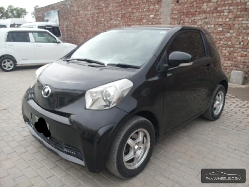 Toyota iQ 2009 Image-3