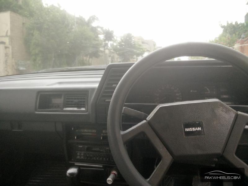 Nissan Sunny EX Saloon 1.3 1987 Image-5