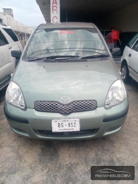 Toyota Yaris 2003 Image-1