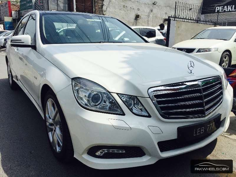 mercedes benz e class e250 2010 for sale in lahore pakwheels. Black Bedroom Furniture Sets. Home Design Ideas