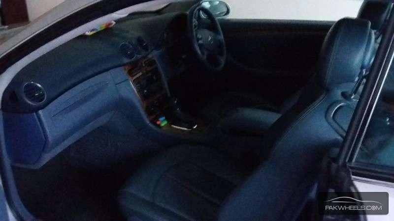 Mercedes Benz CLK Class CLK 230 2003 Image-4