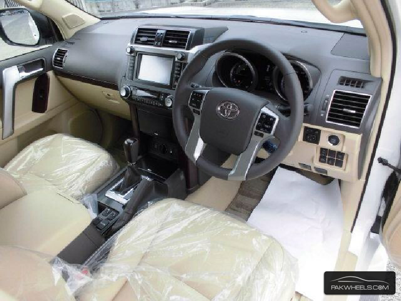 Toyota Prado TX Limited 2.7 2015 Image-9