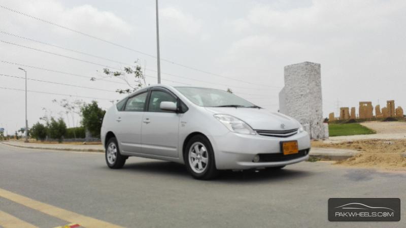 Toyota Prius S LED Edition 1.8 2010 Image-5