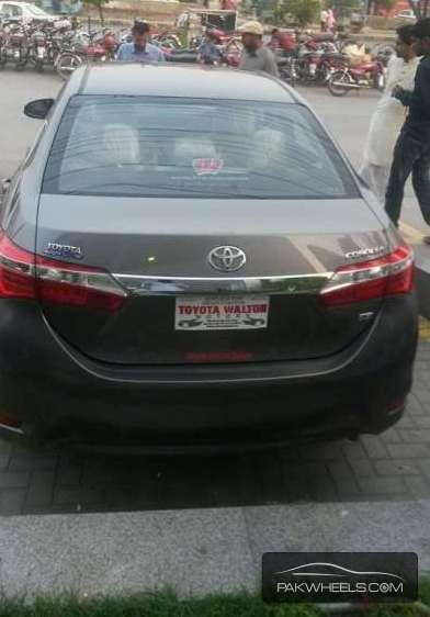 Toyota Corolla GLi 1.3 2015 Image-1