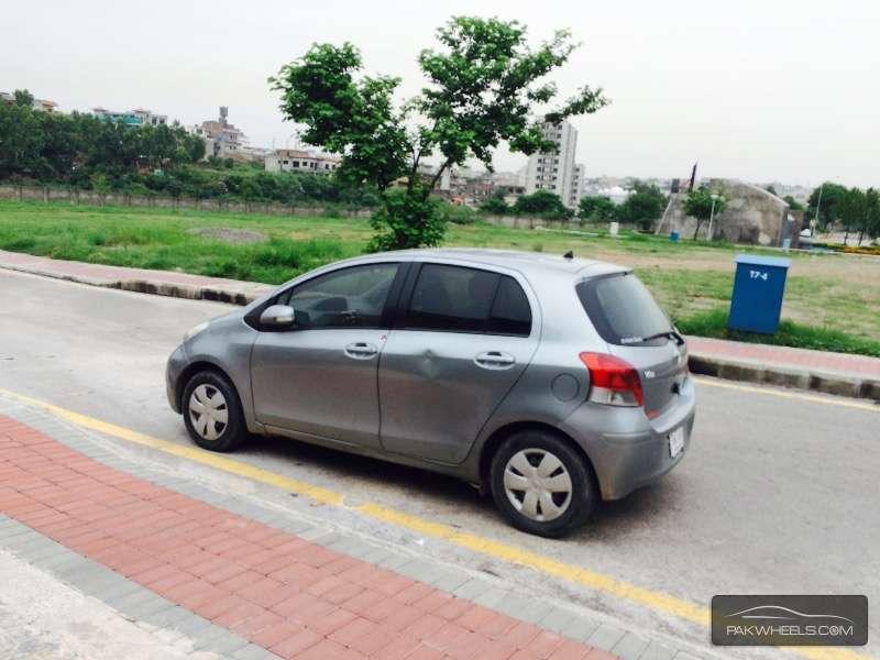Toyota Vitz F 1.0 2007 Image-3