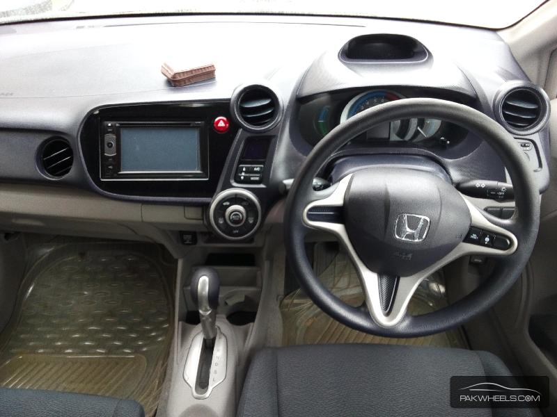 Honda Insight 2011 Image-3