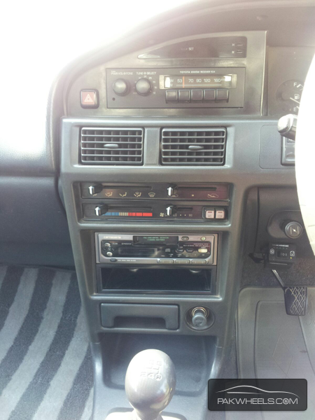 Toyota Corolla X L Package 1.3 1992 Image-7