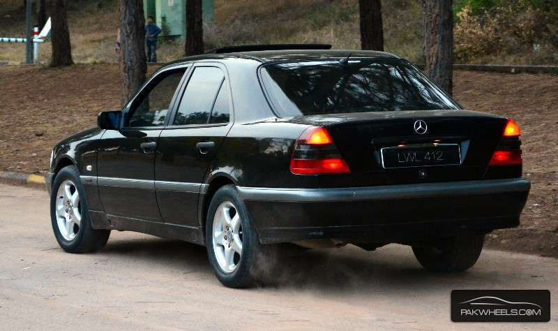 mercedes benz c class c180 1997 for sale in islamabad pakwheels. Black Bedroom Furniture Sets. Home Design Ideas