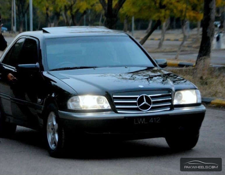 Used mercedes benz c class c180 1997 car for sale in for Used c class mercedes benz for sale