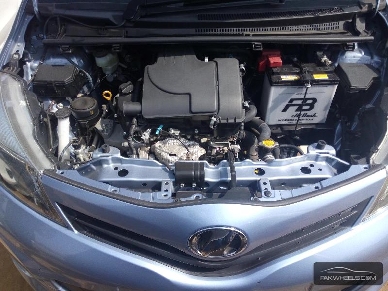 Toyota Vitz 2013 Image-7