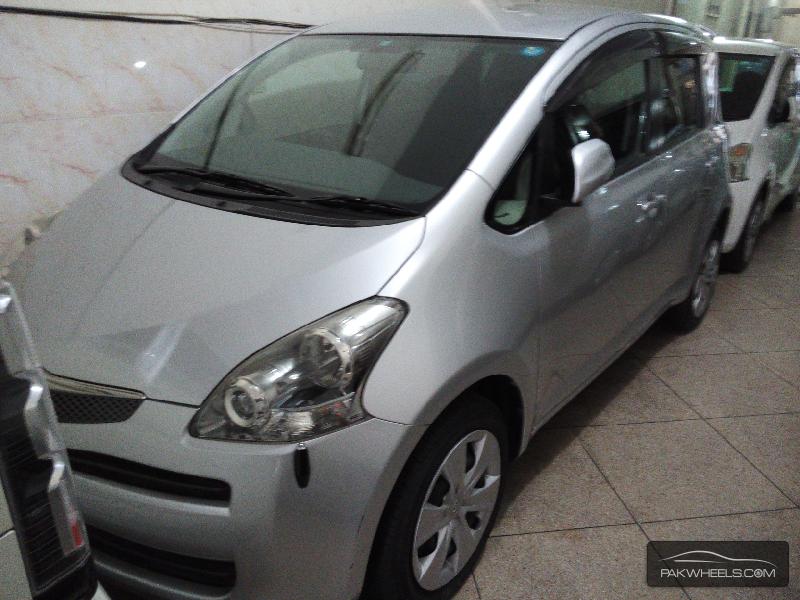Toyota Ractis 1.3S 2009 Image-1