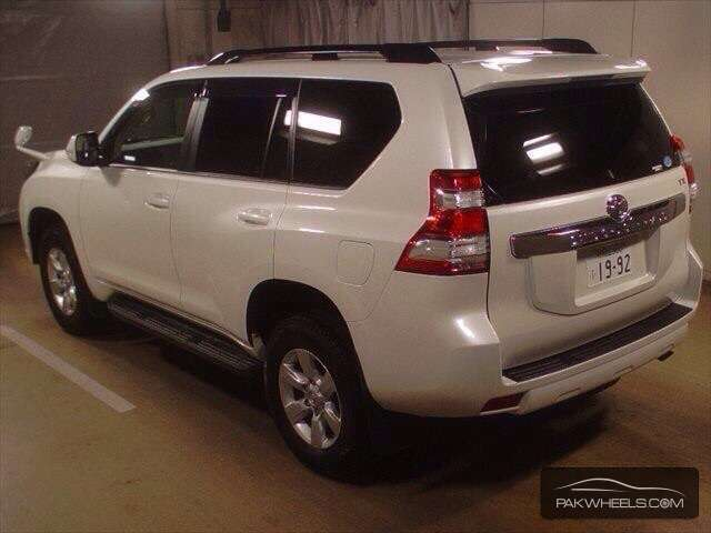 Toyota Prado TX Limited 2.7 2014 Image-4