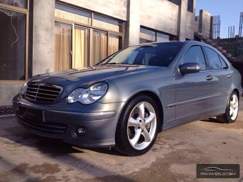Mercedes benz c class c180 kompressor 2006 for sale in for Mercedes benz c class 2006 for sale