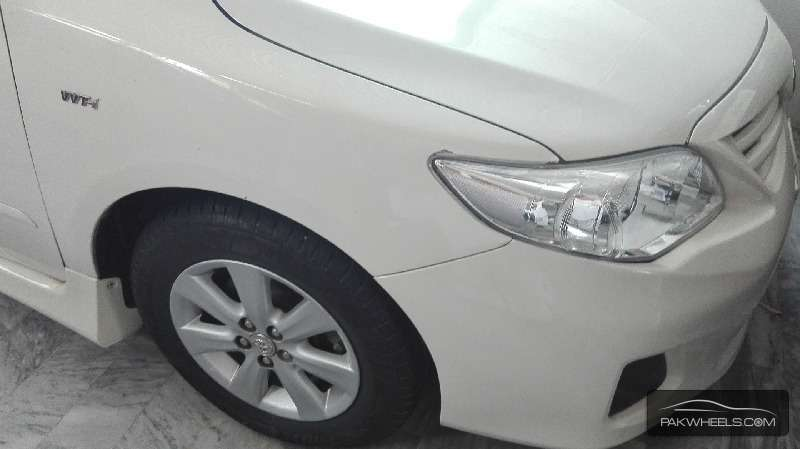 Toyota Corolla Altis 1.8 2010 Image-2