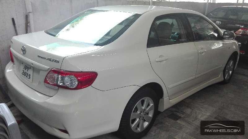 Toyota Corolla Altis 1.8 2010 Image-4