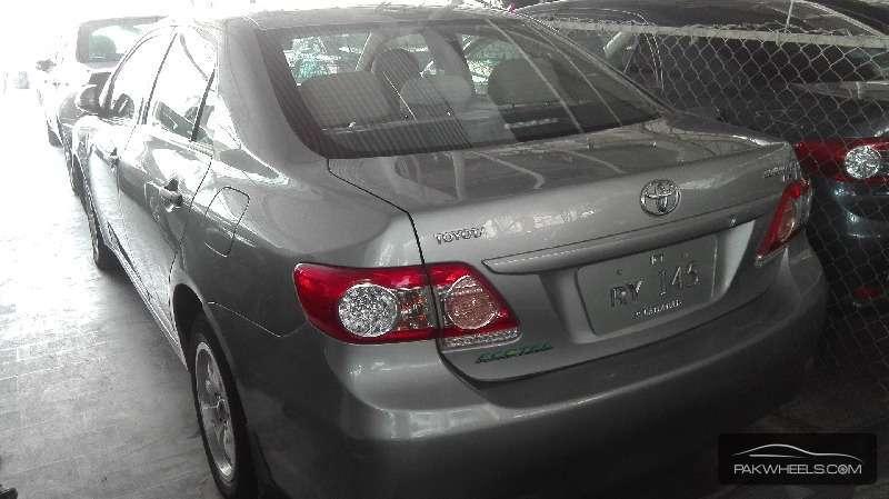 Toyota Corolla GLi 1.3 VVTi Ecotec  2012 Image-3